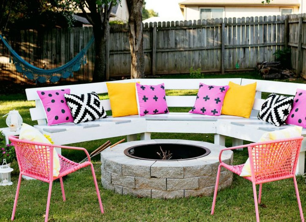Outdoor hangouts   seating
