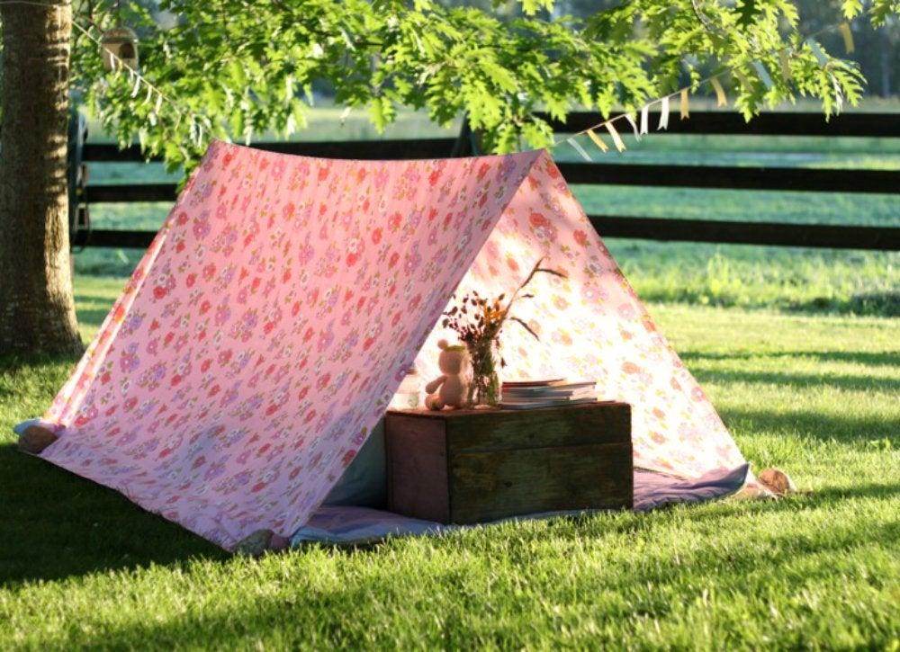 Outdoor hangouts   tent
