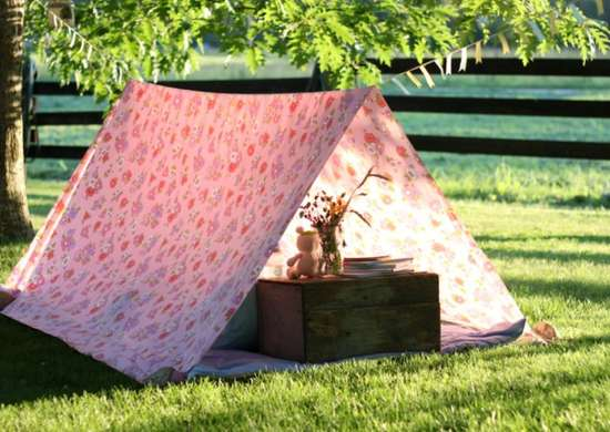 Outdoor_hangouts_-_tent