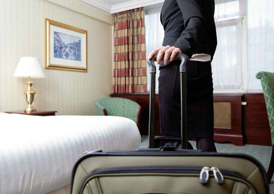 Bed bugs   where to put suitcase