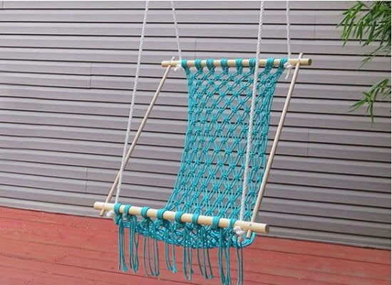 Macrame_hanging_chair