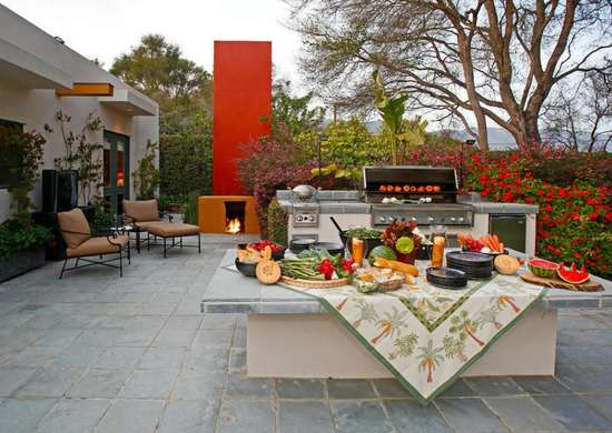 Wastemoney   outdoor kitchen