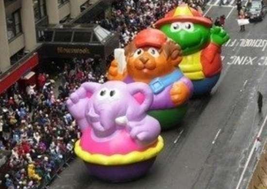 Labworks360 macys thanksgiving day parade three floats bob vila20111123 36322 1nwxo9q 0