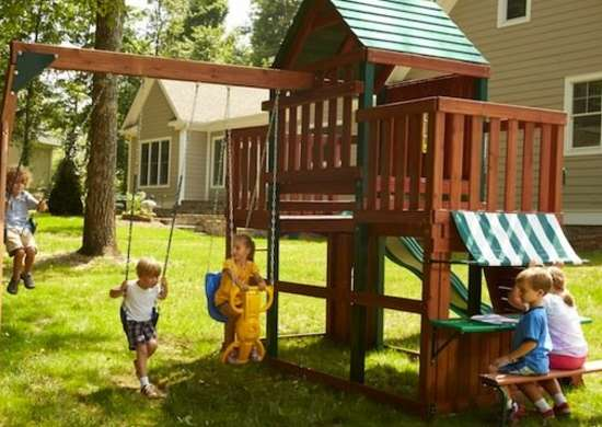Play Fort And Swingset Kids Playhouses 9 Cool Prefab