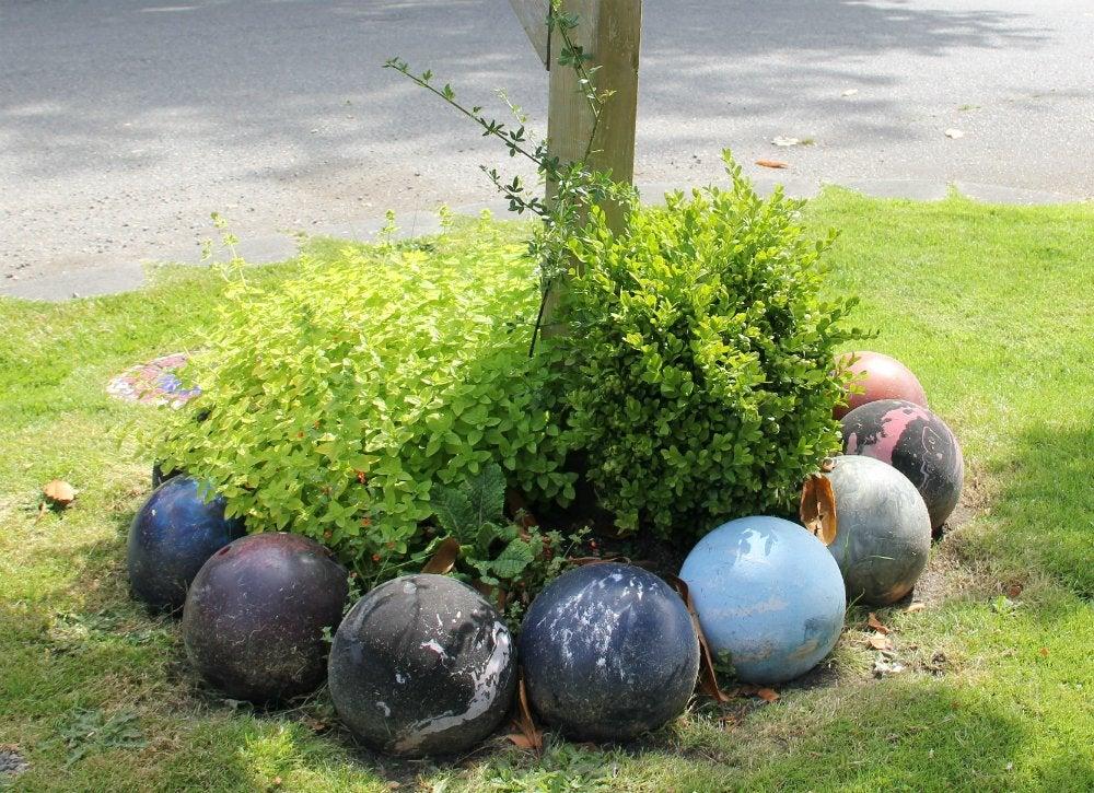 Sporting equipment   bowling ball