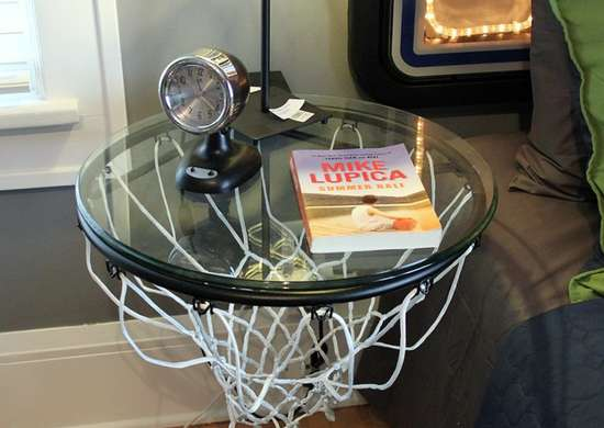 Sporting_equipment_-_basketball_hoop_table