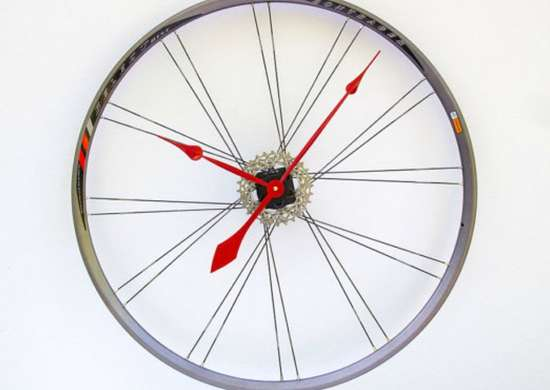 Sporting_equipment_-_bike_clock