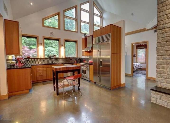 Dye Concrete Floors