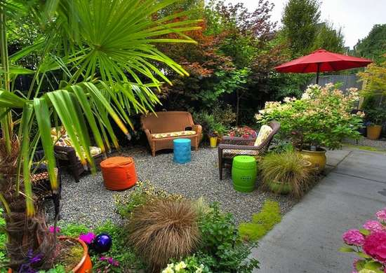 14 Ways to Make Your Small Yard Seem Big