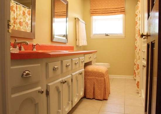 Modern bathroom orange and white