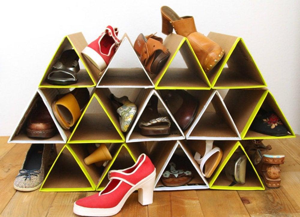 Cardboard shoe holder