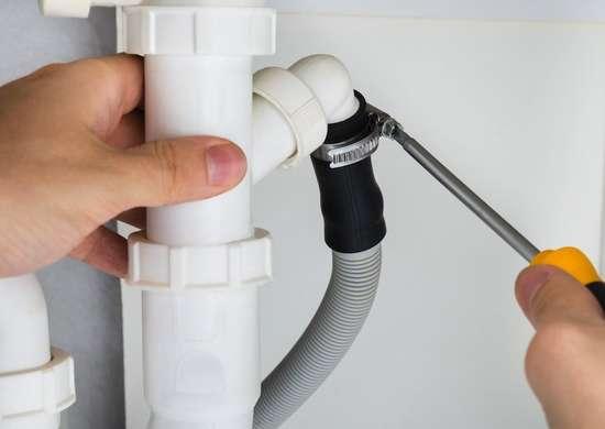 Learn_plumbing_skills