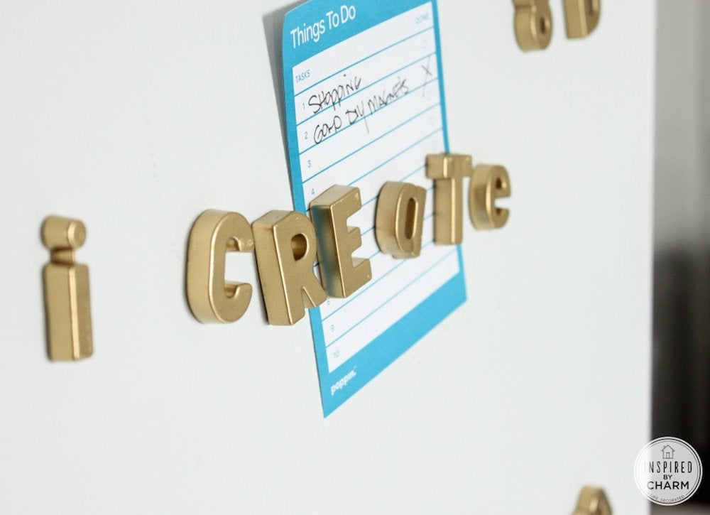 Diy_gold_fridge_magnets