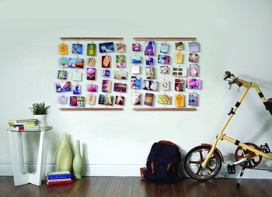 Photo hanging board