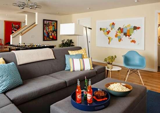 Furniture balance in living room
