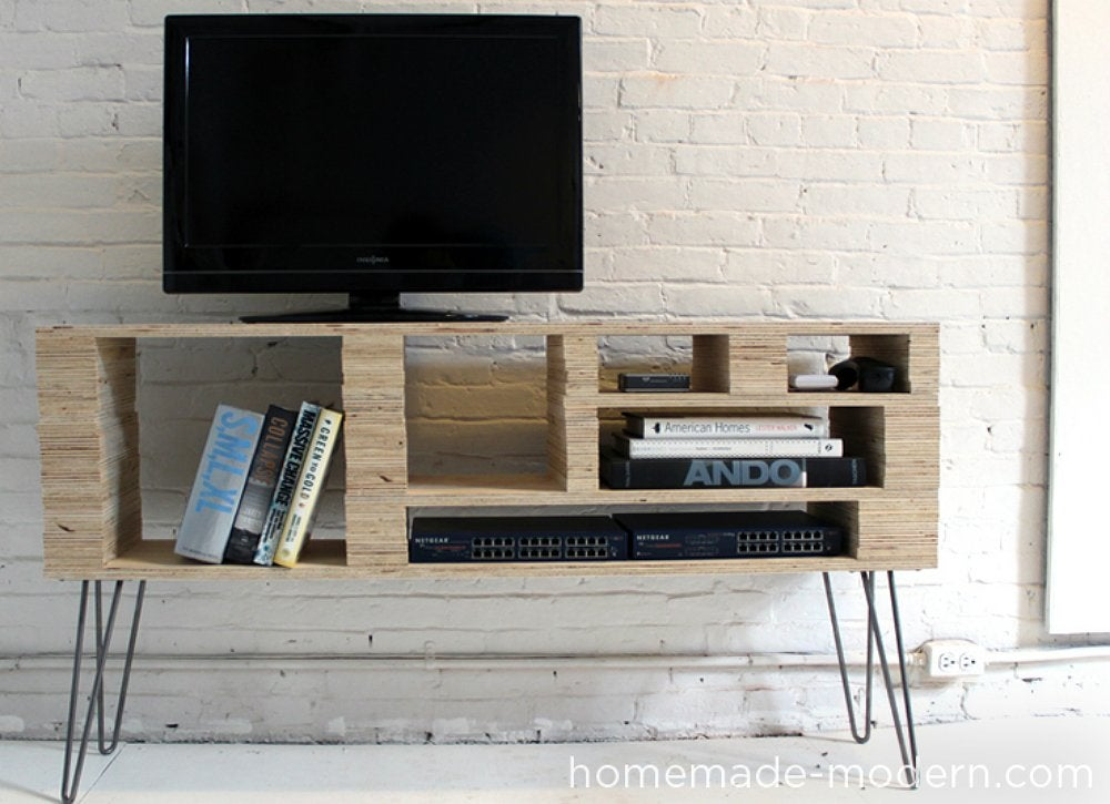 Diy tv stand 10 doable designs bob vila for Meuble tv original