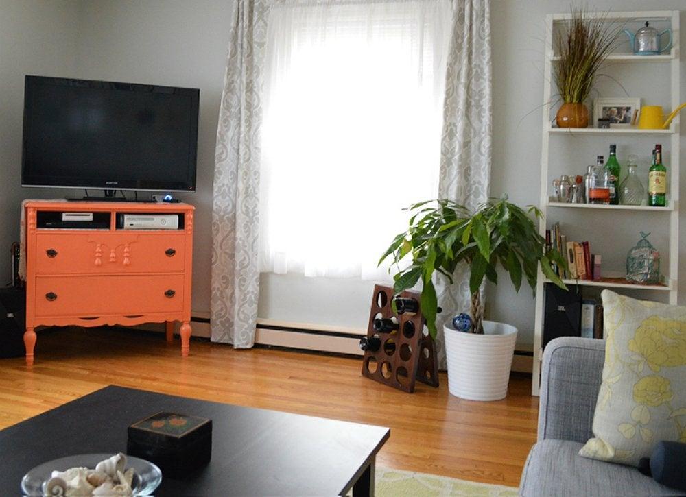 dresser tv stand diy tv stand 10 doable designs bob vila. Black Bedroom Furniture Sets. Home Design Ideas