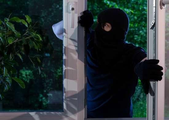 Burglar 4
