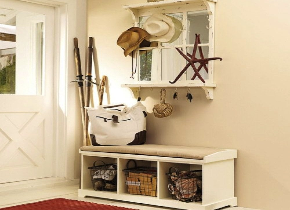 Entryway_storage_bench