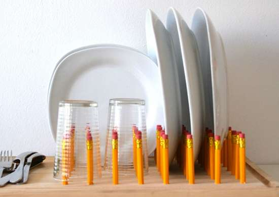 Creative_ways_to_use_office_supplies_-_pencil_dry_rack