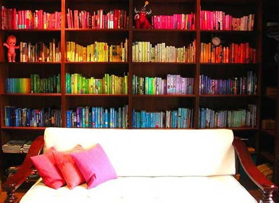 Organize with color   bookshelves
