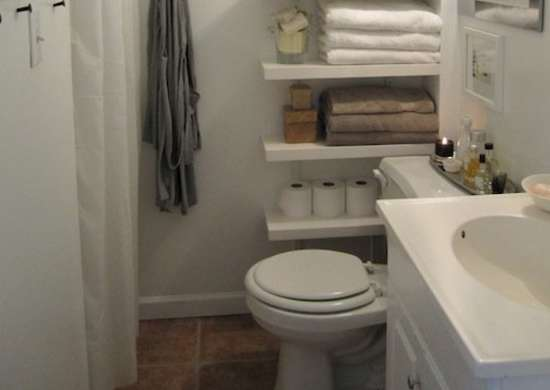Bathroom_shelving