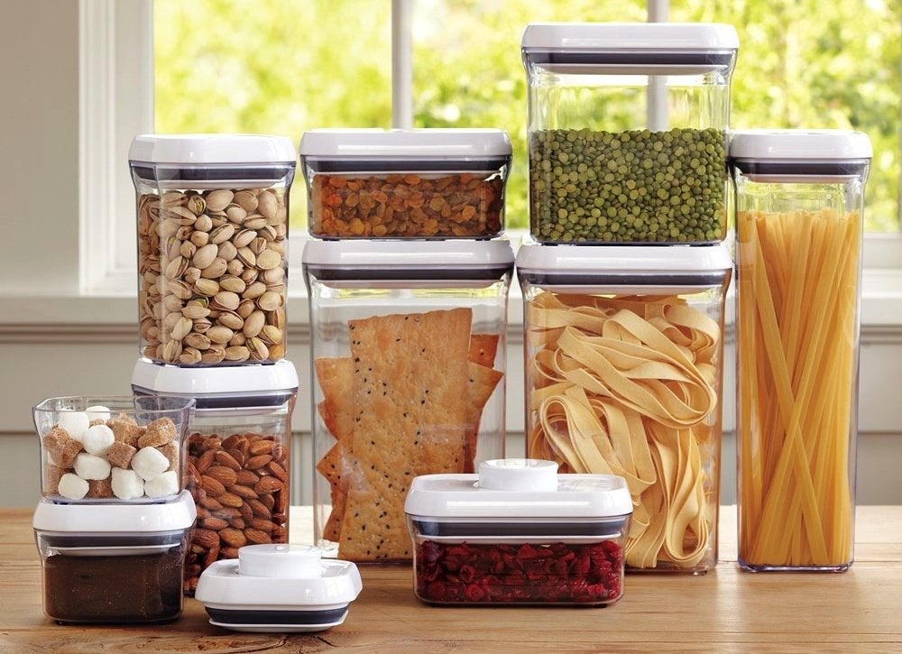 Stacking-food-storage-containers