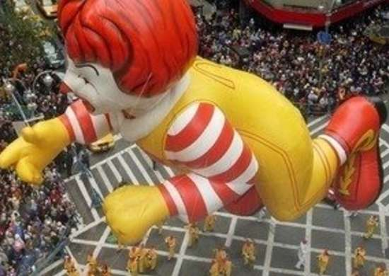Labworks360 macys thanksgiving day parade ronald mcdonald bob vila20111123 36322 nkeol0 0