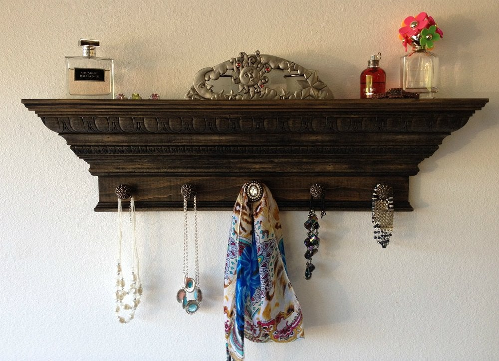 Crown molding 6
