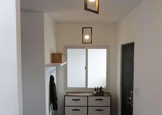 Pendant lighting entryway
