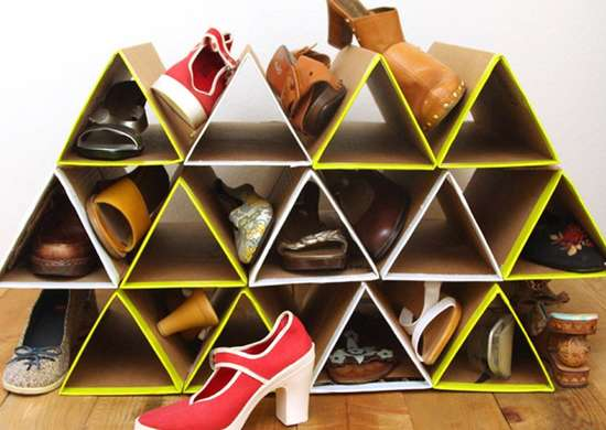 Cardboard_shoe_rack