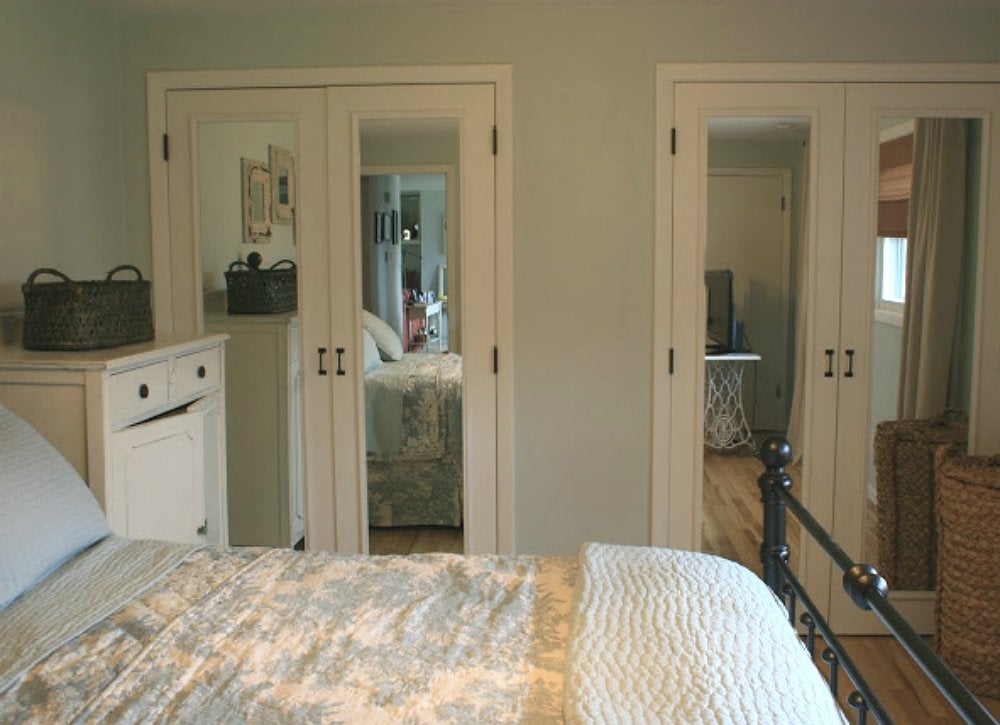 Lazy diy mirrored closet doors