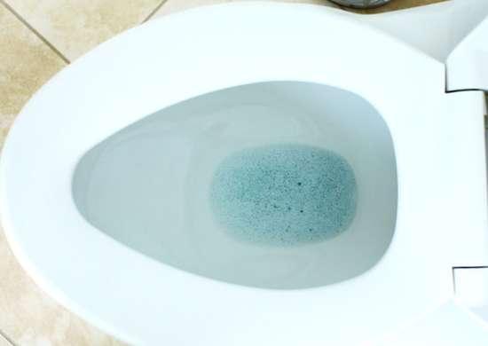 Unclog_plunger_bath_bomb