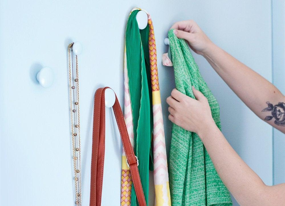 Diy Coat Pegs Diy Bedroom Ideas 11 Budget Projects