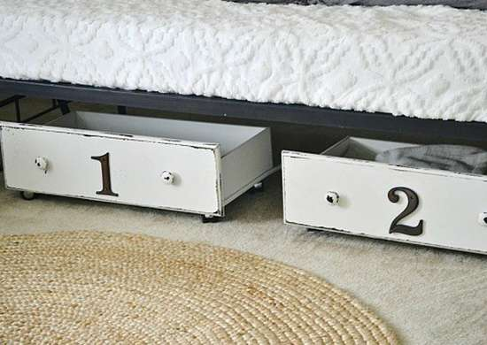 Diy_bedroom_ideas_-_underbed_drawers
