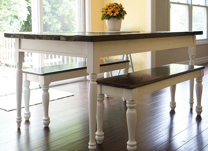 Dining table benches small dining room ideas 11 diy for Small dining room solutions