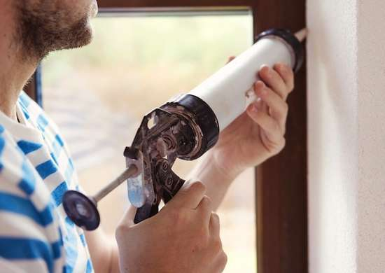 Caulking window interior