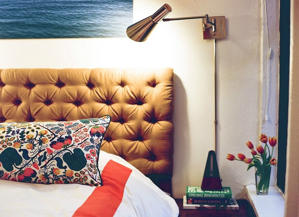 Diy tufted headboard how to make a headboard 14 diy Make your own headboard