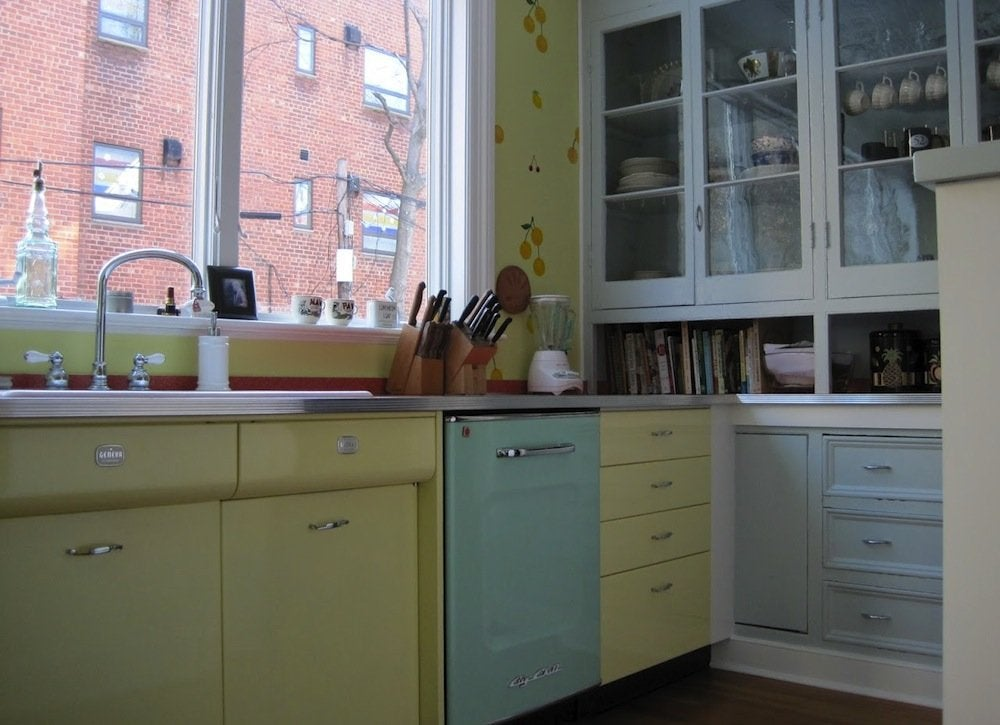 Pastel kitchen cabinet