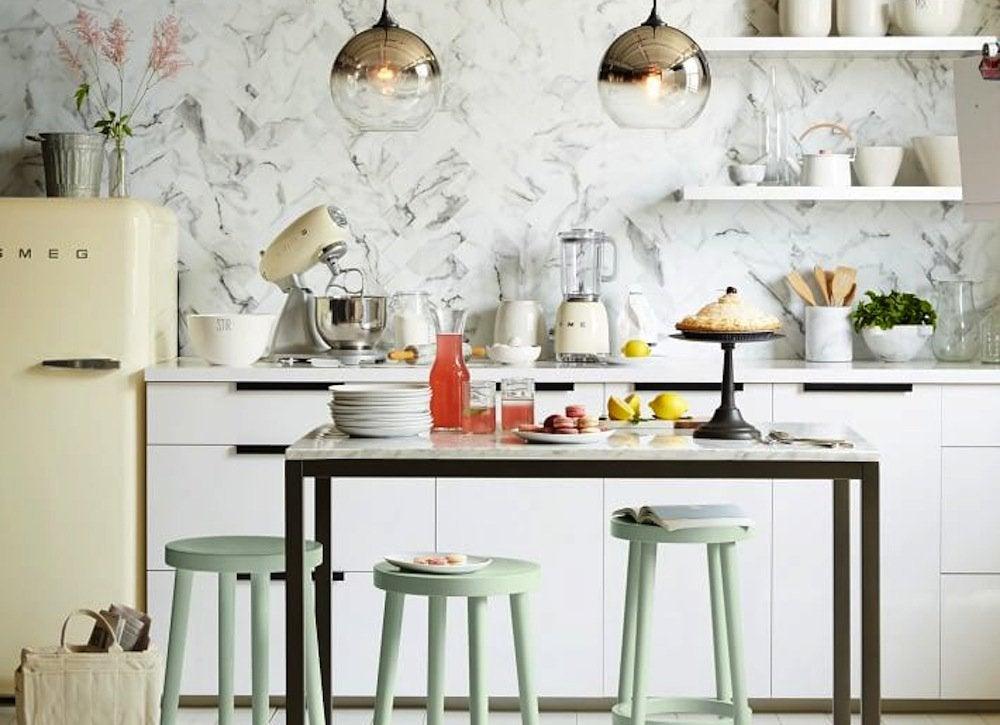 Kitchen Island with Pastel Stools  Vintage Kitchen  12 Design Ideas