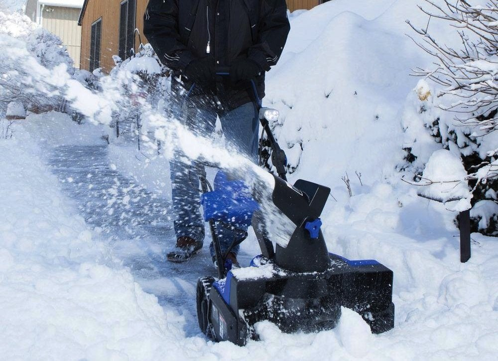 Snow joe snow blower