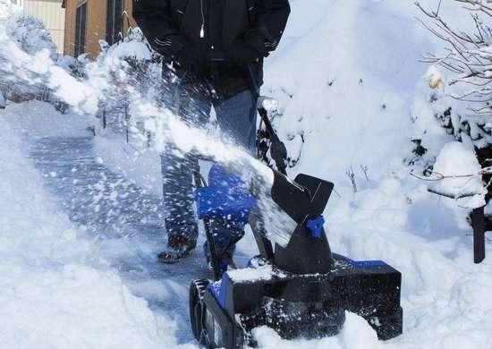 Snow joe snow blower