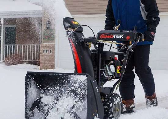 Sno-Tek 2-Stage 24 inch Gas Snow Blower
