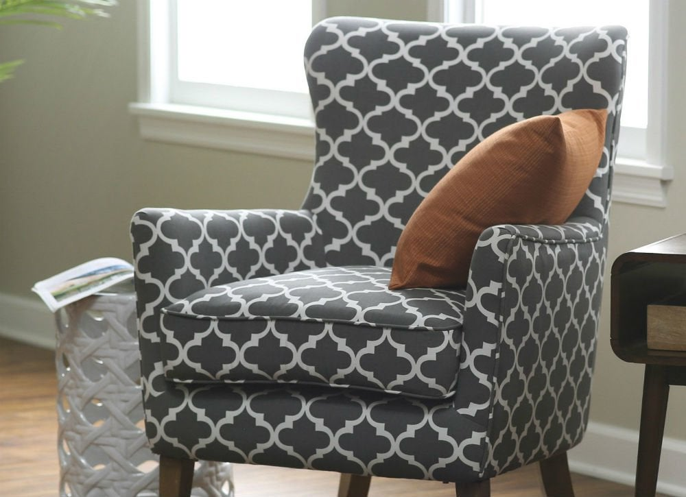 Printed arm chair   ss