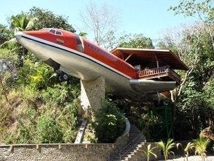 Hotel-costa-verde-727-fueselage-house-salvaged-airplane-bob-vila20111123-36322-1xsclt2-0