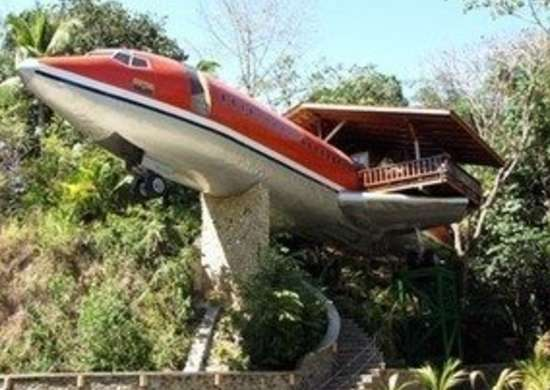 Hotel costa verde 727 fueselage house salvaged airplane bob vila20111123 36322 1xsclt2 0