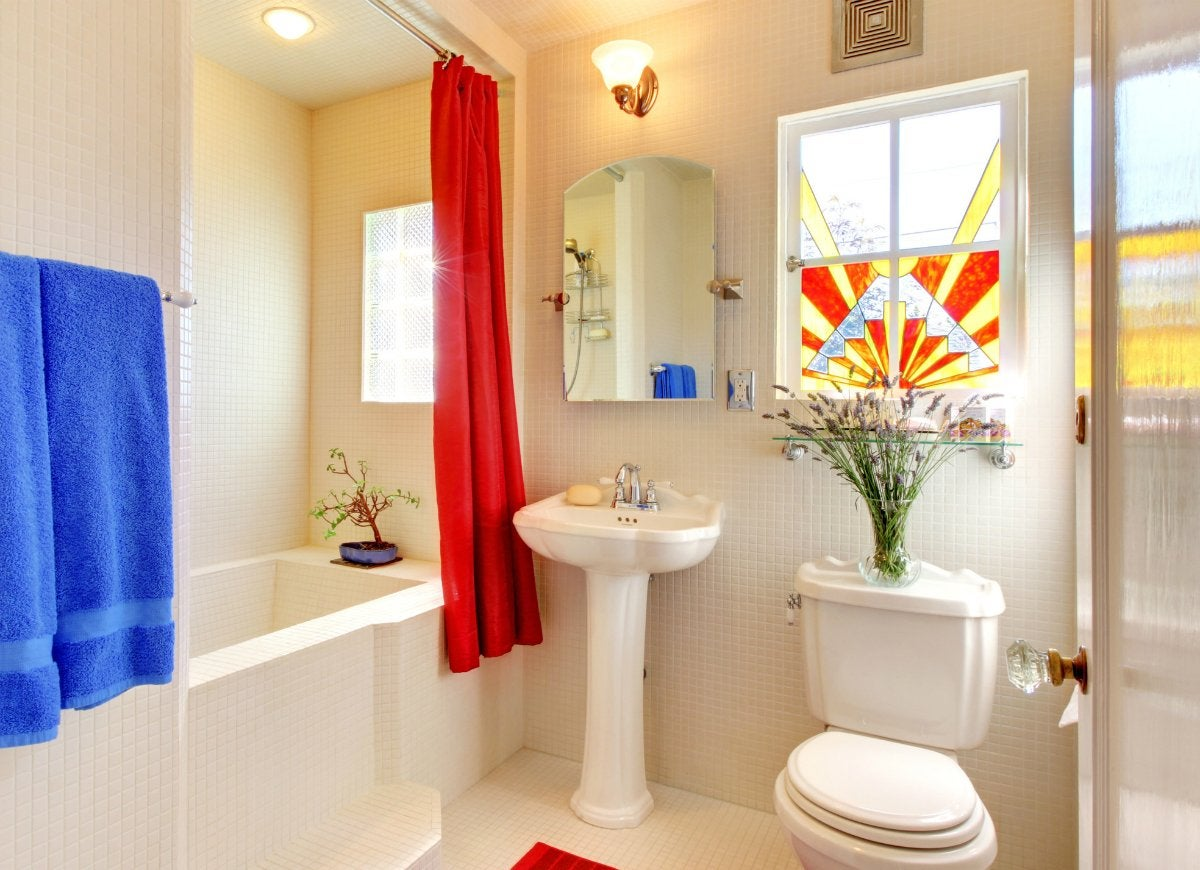 How to clean a bathroom the easy 20 minute routine bob for Clean bathroom designs