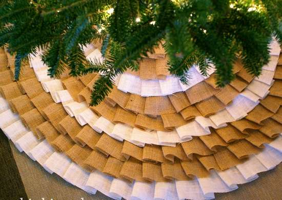 Diy-christmas-tree-skirt