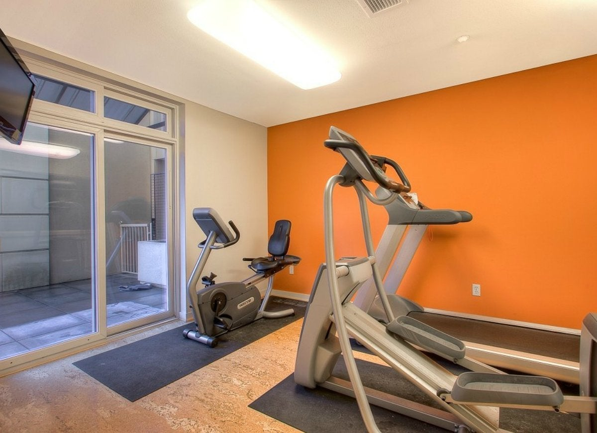 Orange-home-gym