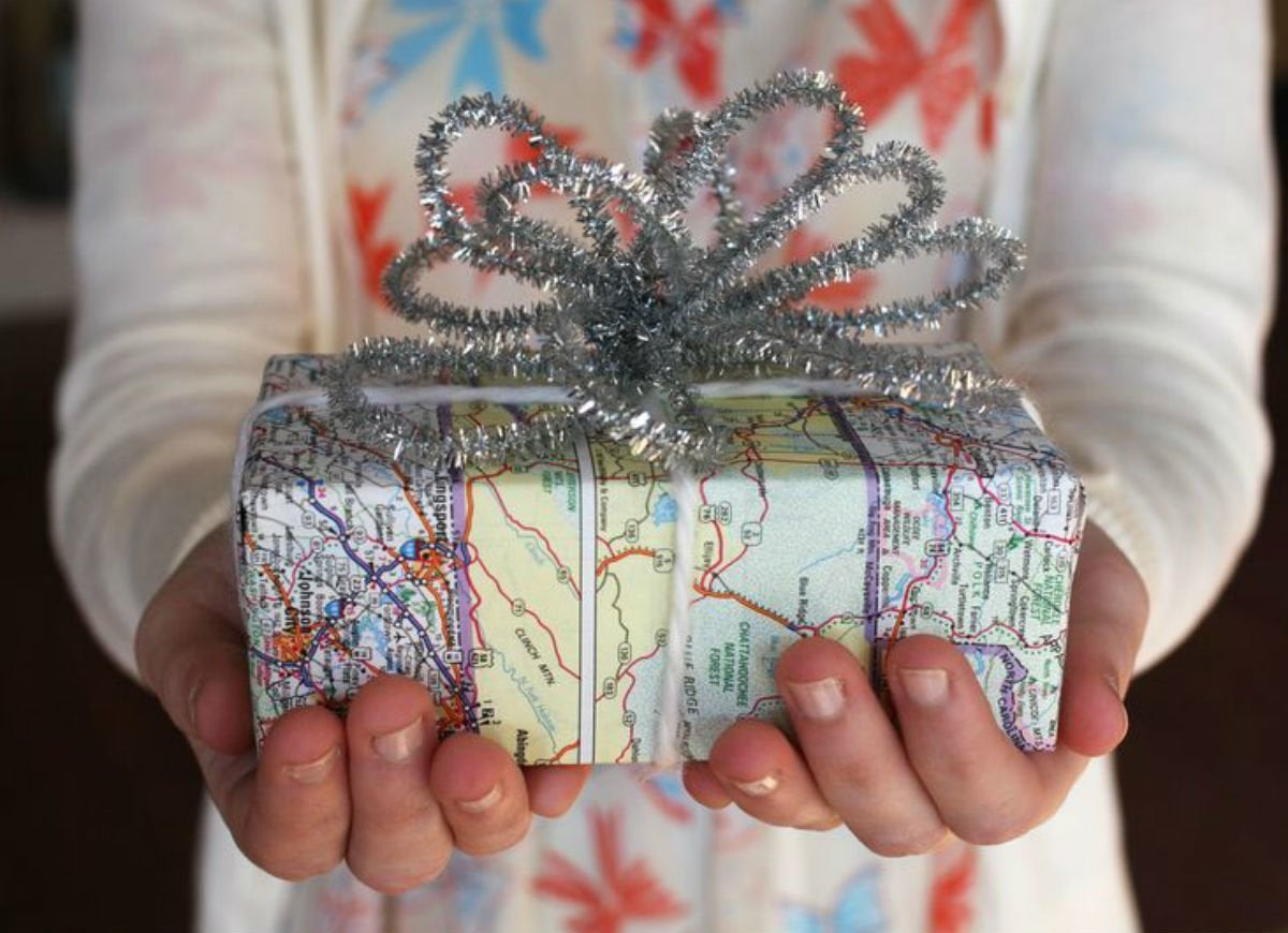 How to wrap a gift   maps